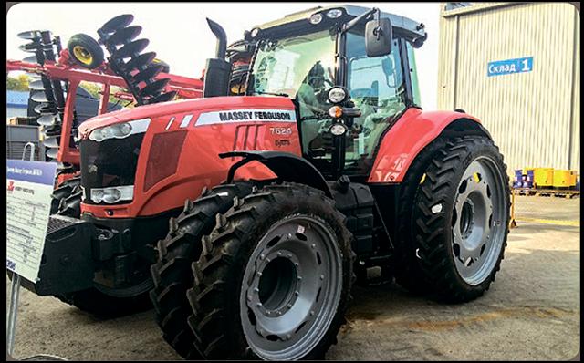 Одним из самых важных элементов в конструкции трактора, служащих для преобразования мощности двигателя в тяговое усилие, являются колеса.